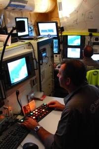 Elk onbemand systeem beschikt over een grondcontrole station; hier het GCS van Sagem � Pieter Bastiaans en Safran