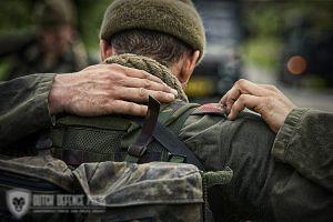 Marche les Dames, Belgie. Klimprogramma en speedmars van de Elementaire Commando Opleiding (ECO) van het Korps Commandotroepen (KCT)